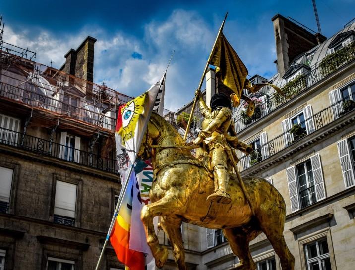 Issa concept - Paris Pride
